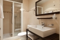 Cosmotel Paris | Bathroom